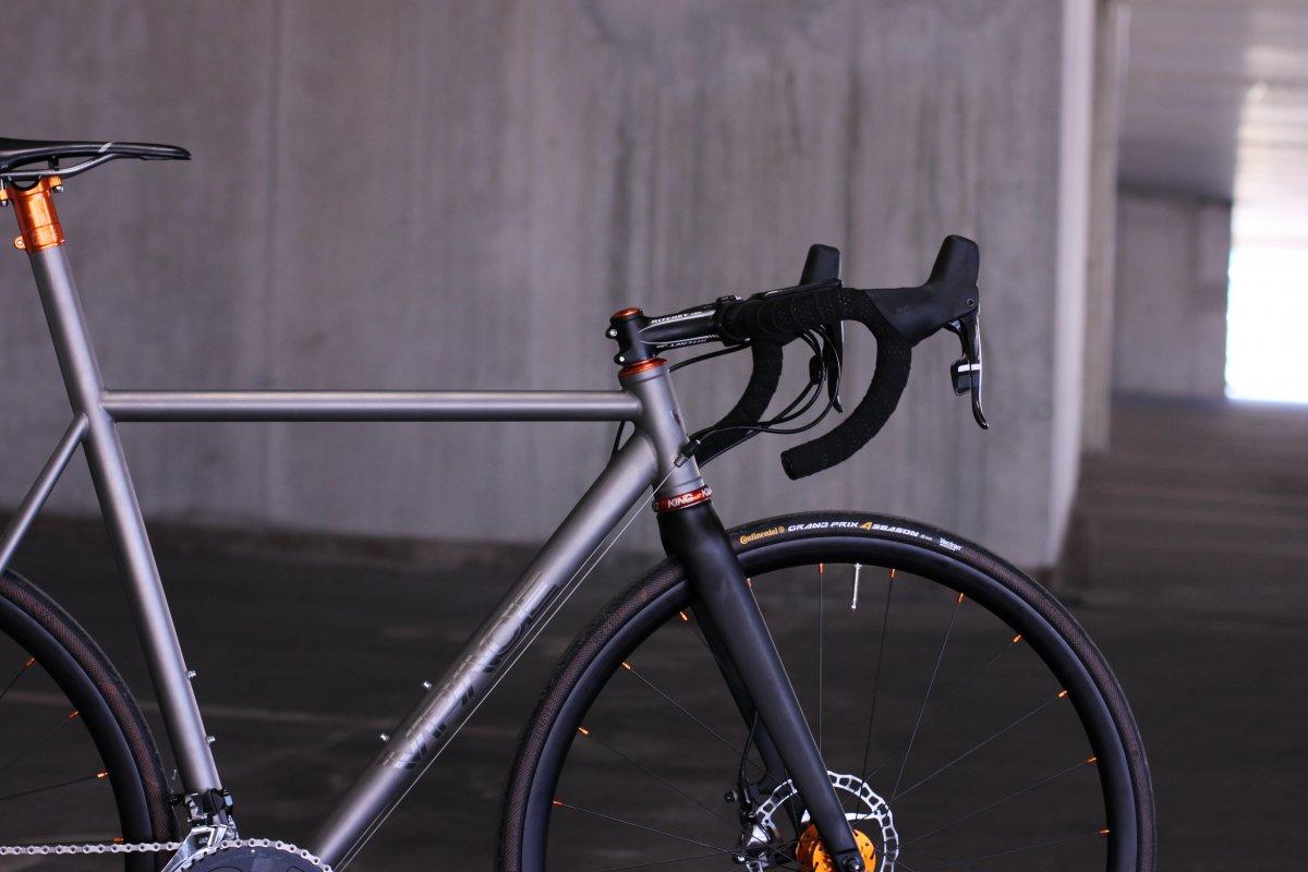 dsd bling bling ein titan disc rennrad vpace bikes. Black Bedroom Furniture Sets. Home Design Ideas