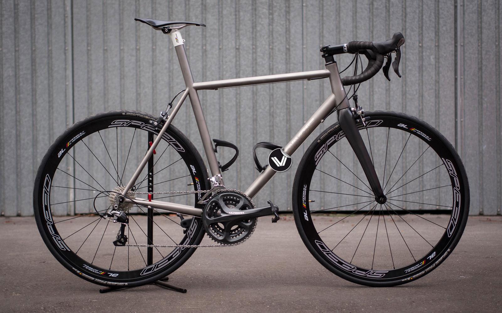 VPACE Bikes Kompletträder und Rahmen