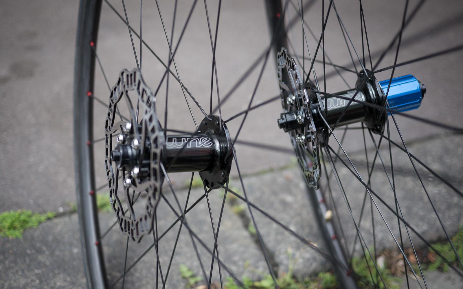 leichte rennrad felgen ersatzteile zu dem fahrrad. Black Bedroom Furniture Sets. Home Design Ideas