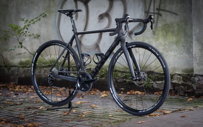 Budget Cyclocross Carbon Komplettrad auf Basis des VPACE C2CX Rahmen