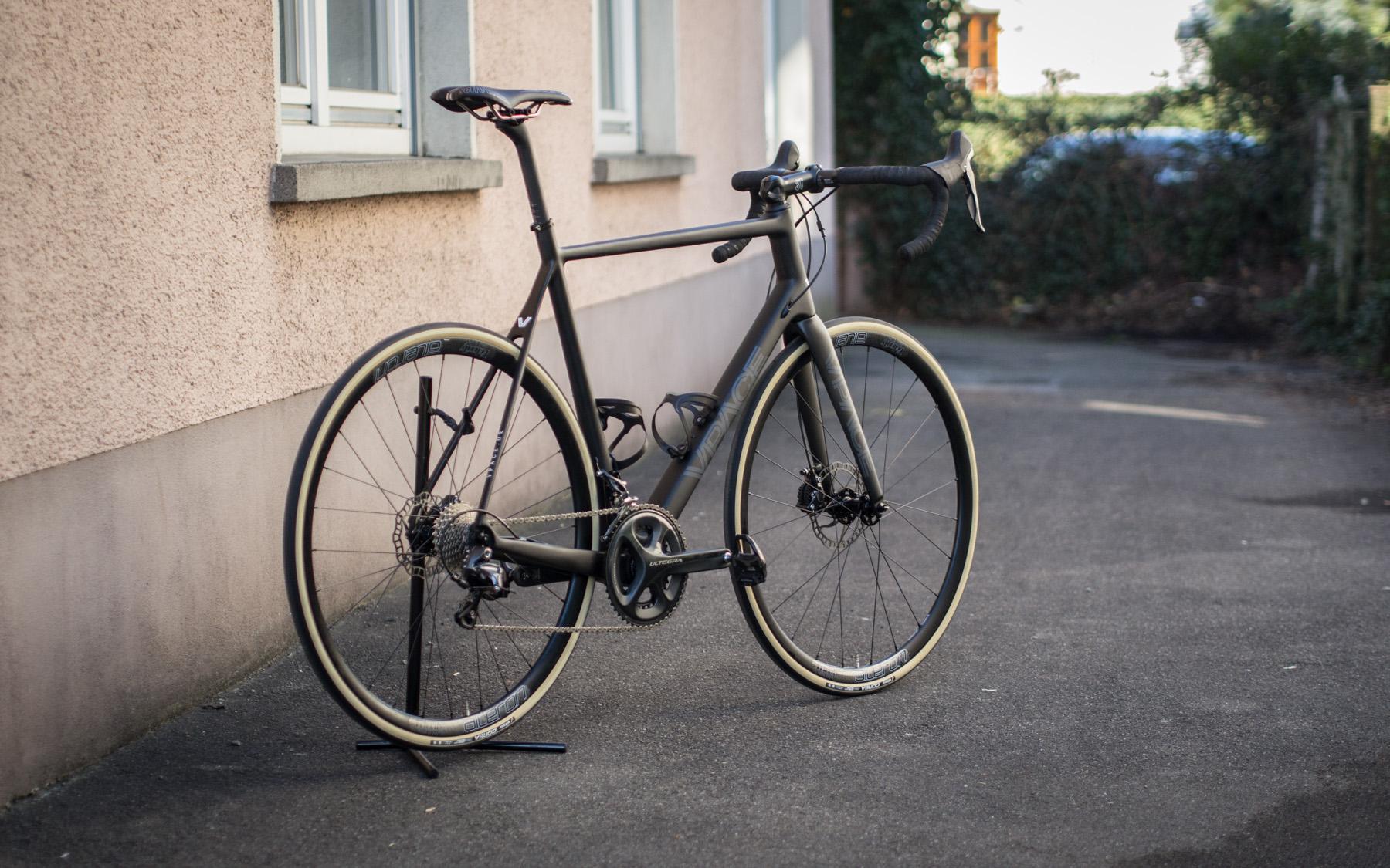 disc rennrad mit vittoria corsa vpace bikes. Black Bedroom Furniture Sets. Home Design Ideas