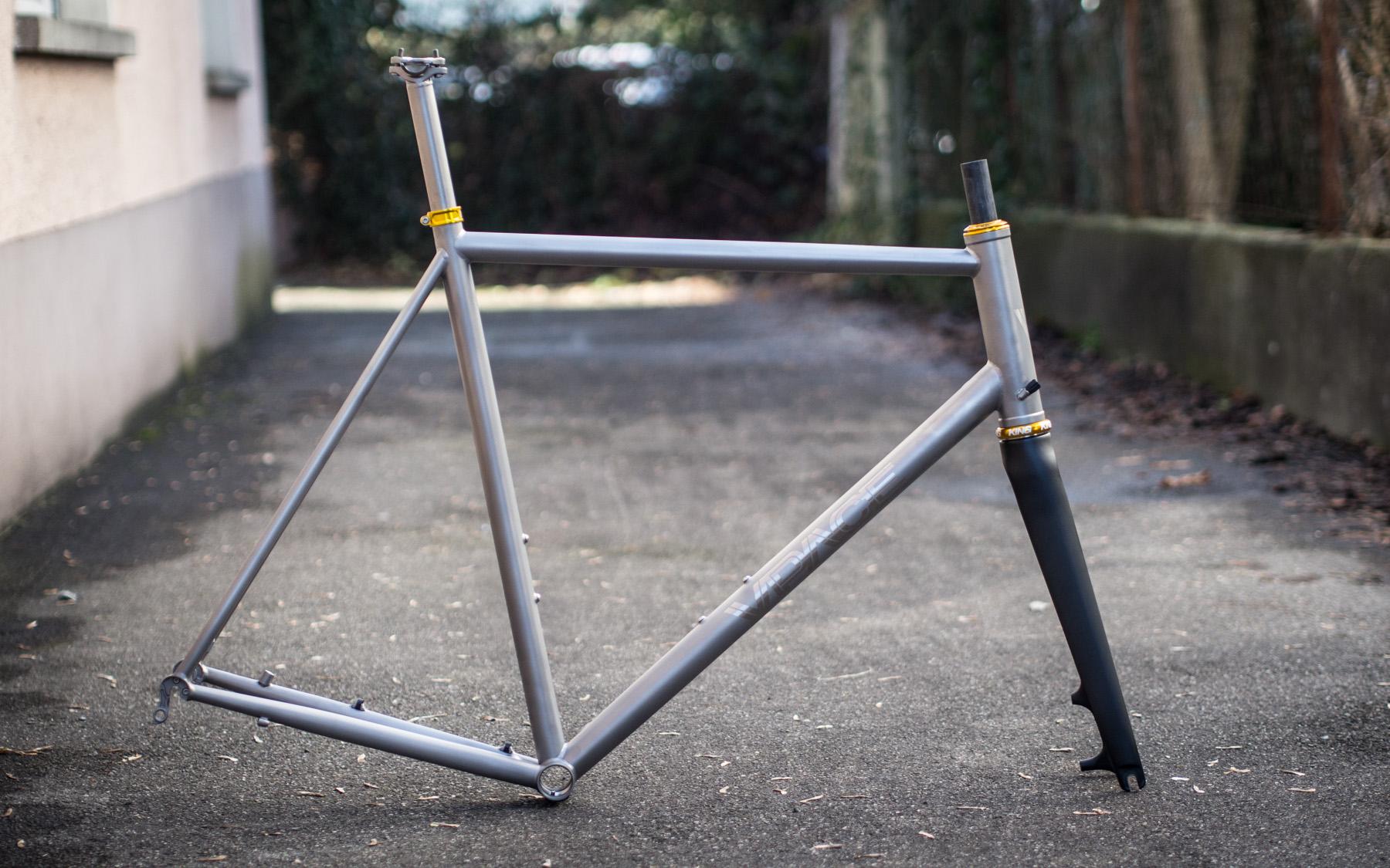 T1RD – Titan Disc Rennrad Rahmen – VPACE Bikes