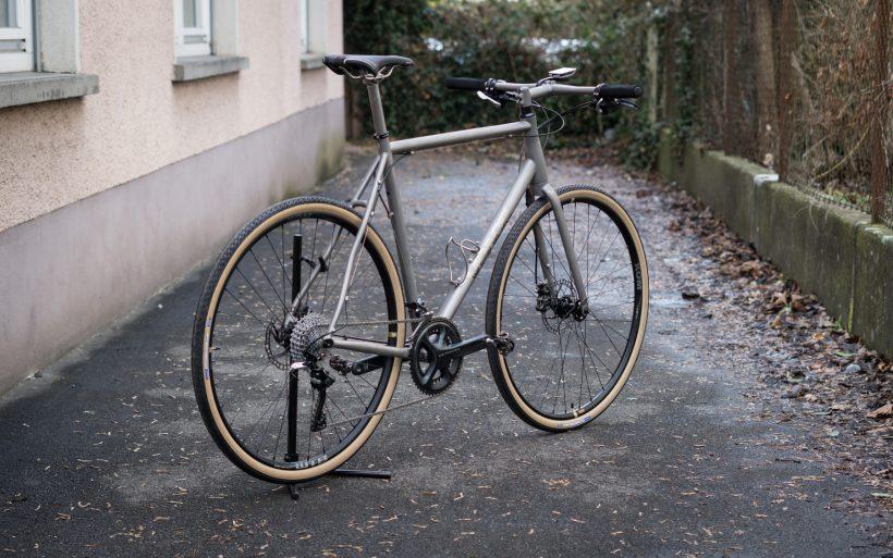 T1ST Titan Crossbike