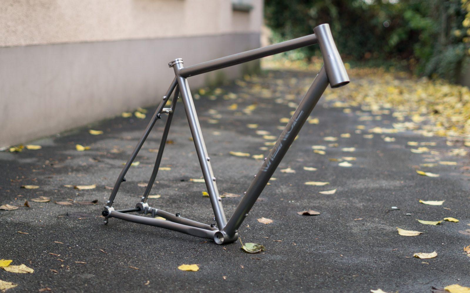 T2ST Titanrahmen Speedtraveller – VPACE Bikes